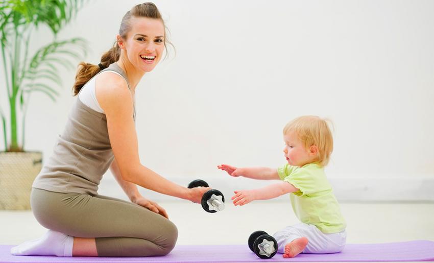 Упражнения для похудения после родов вместе с ребенком